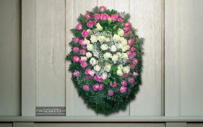 Венок «Роза» с живыми цветами (1,6м)
