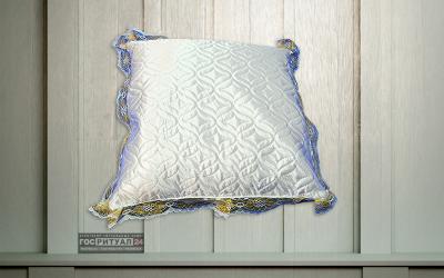 Подушка «Шелк стеганая с золотым кружевом»