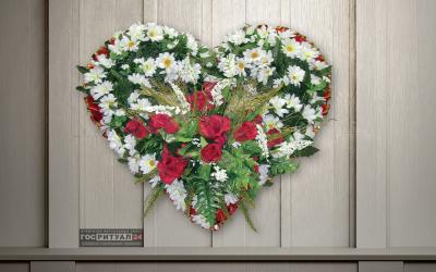 Венок «Сердце малое элитное» (0,9м)